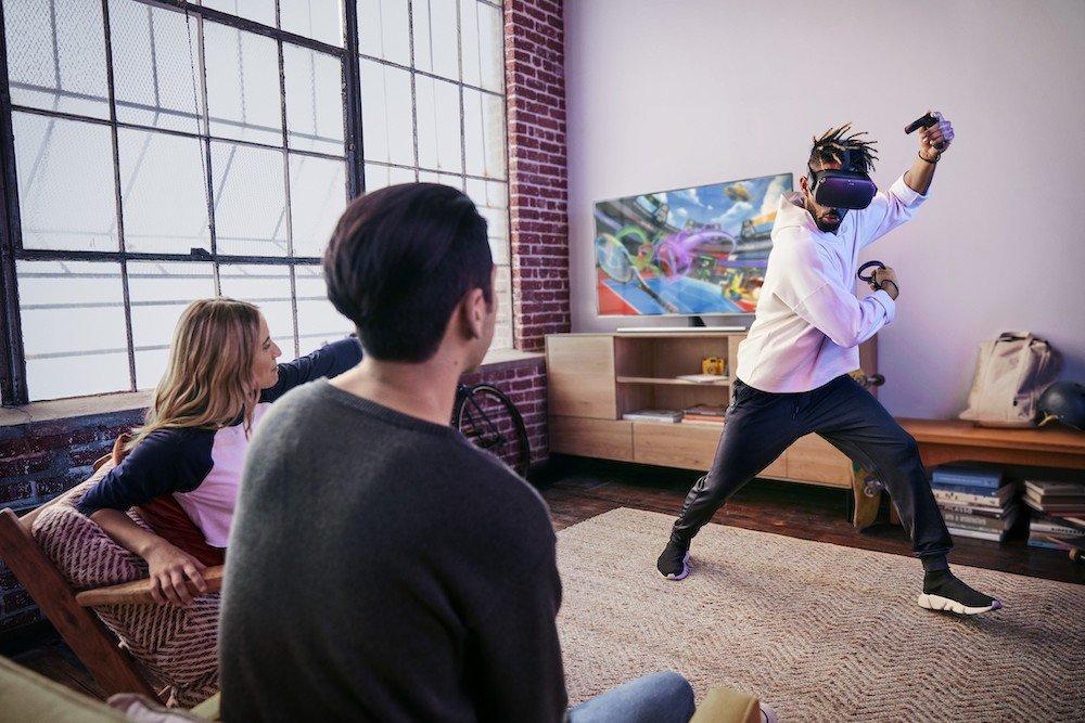 Facebook lancia il primo visore di Realtà Virtuale, che funziona senza PC