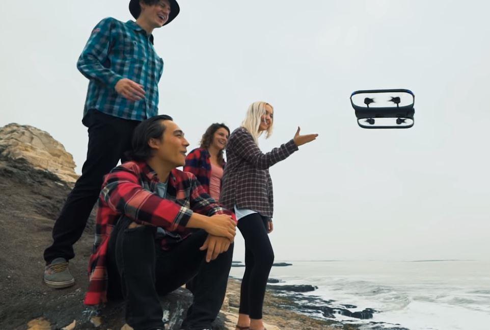 Gli ingegneri di Elon Musk costruiranno droni (con autonomia di 2 ore)