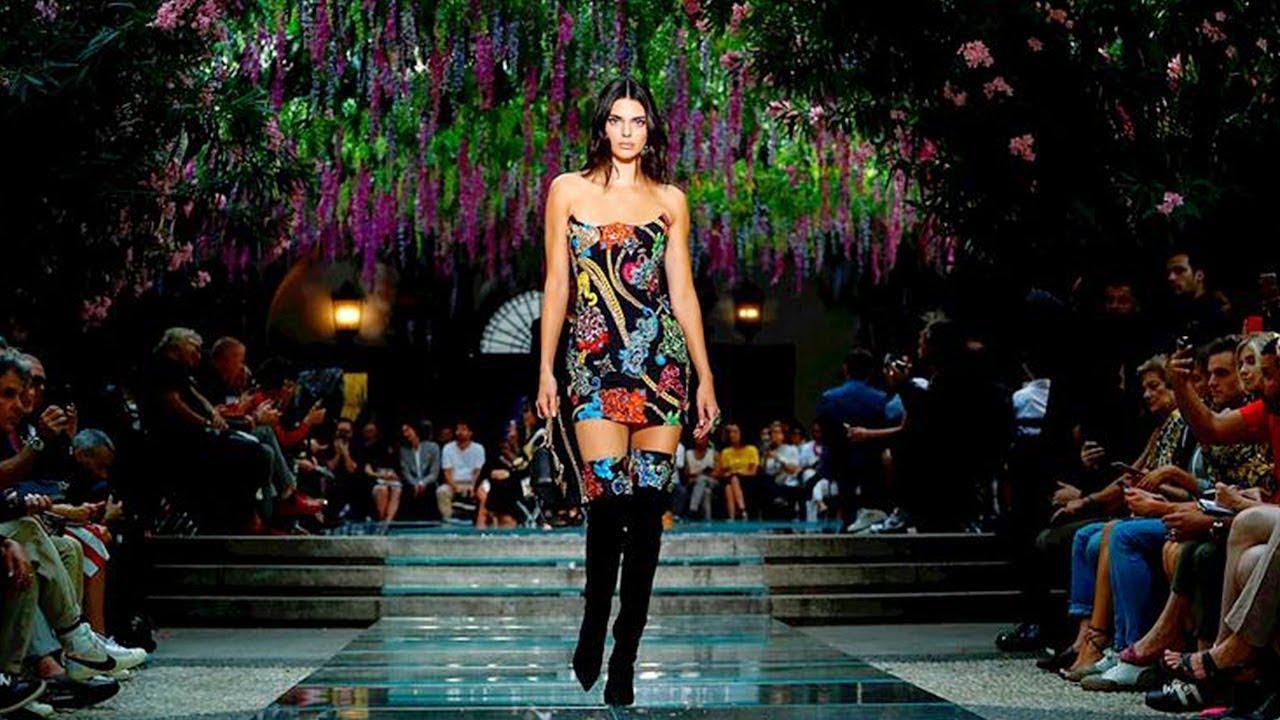 Versace potrebbe diventare americana. Chi vuole la maison italiana