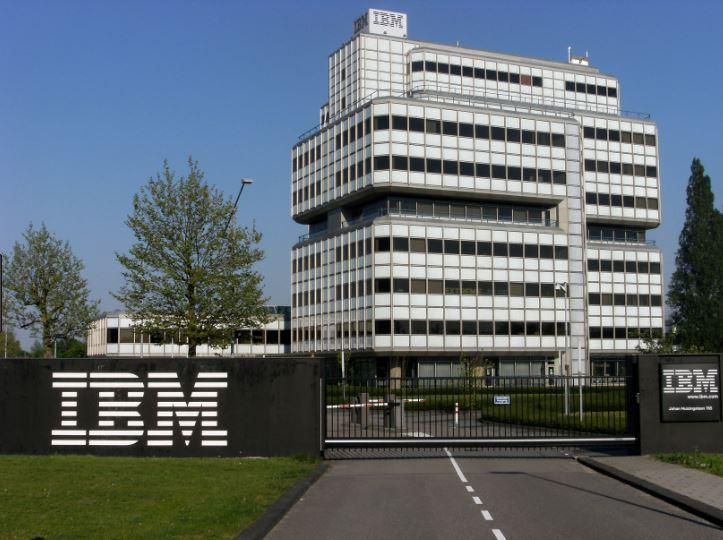 IBM compra Red Hat per 43 miliardi e punta sul Cloud