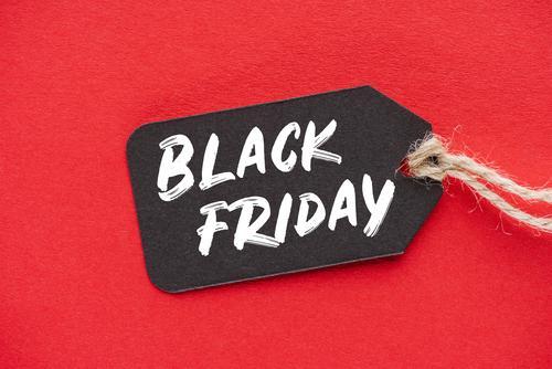 Come organizzare le promo per il Black Friday e il Cyber Monday del tuo eCommerce. Segui la Free Masterclass