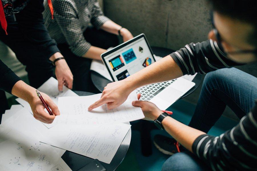 Verso la Project Economy: come gestire oggi progetti e team in azienda