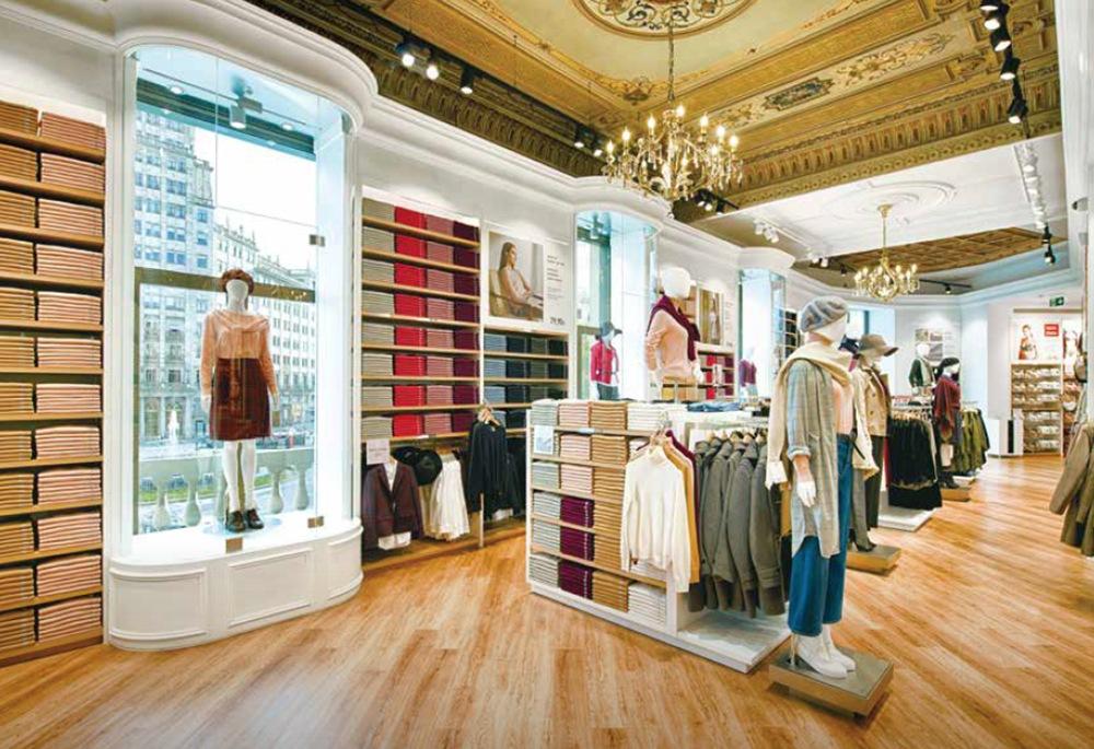 Dopo Starbucks, anche Uniqlo vuole aprire a Milano (e sfidare Zara e H&M)
