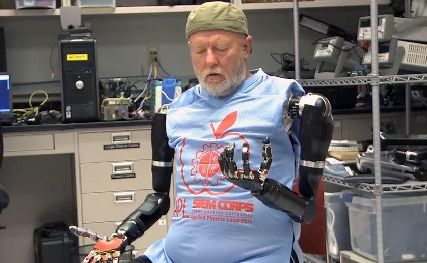 Le nuove protesi potranno cambiare (davvero) la vita delle persone, questo test lo ha dimostrato