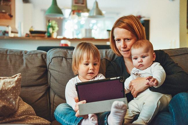La tecnologia sta cambiando il modo in cui i bambini pensano e apprendono, secondo le ricerche