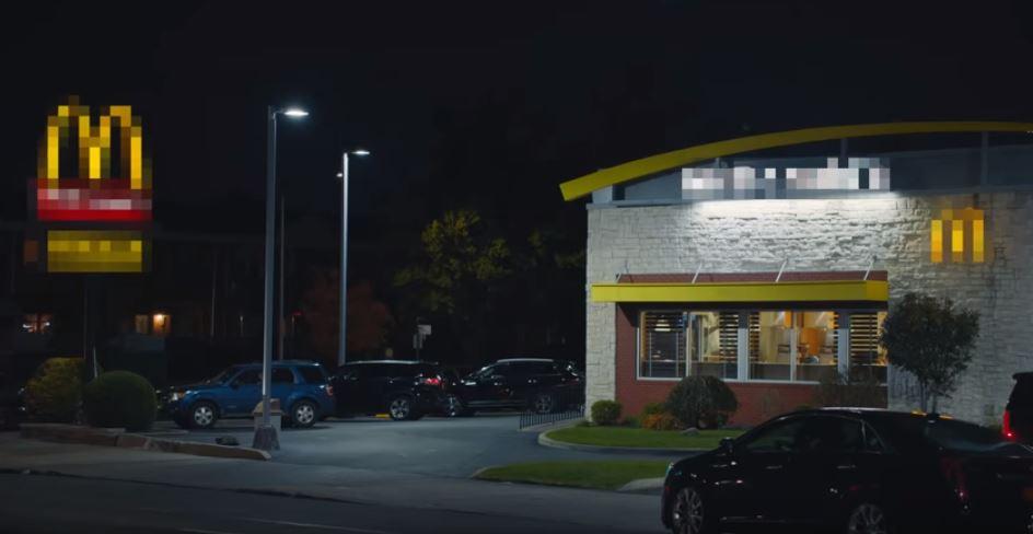 Burger King l'ha rifatto, la campagna per la nuova app trolla McDonald's