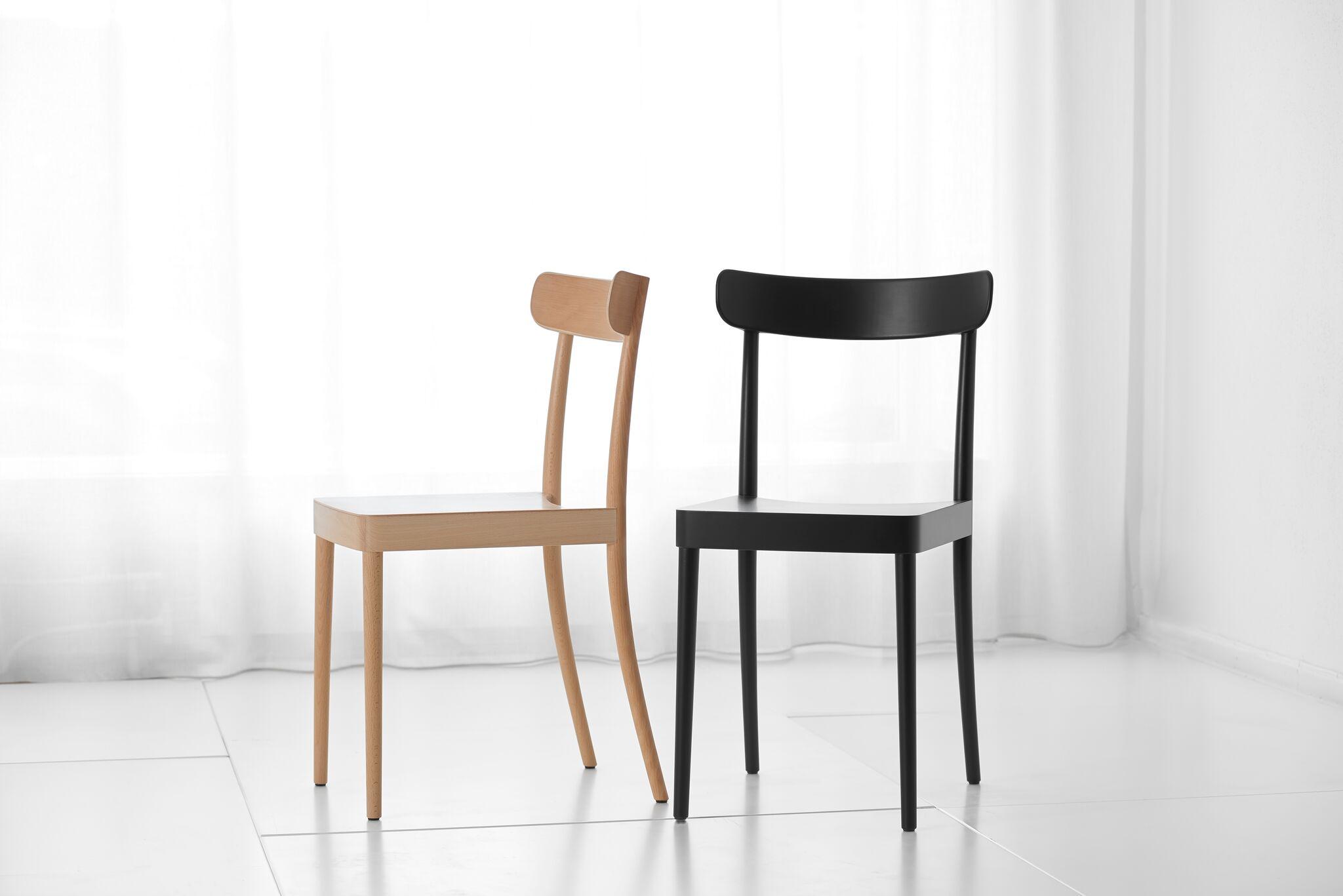 Sedie In Plastica Riciclata.5 Sedie Di Design Sostenibile Per Portare L Attenzione All