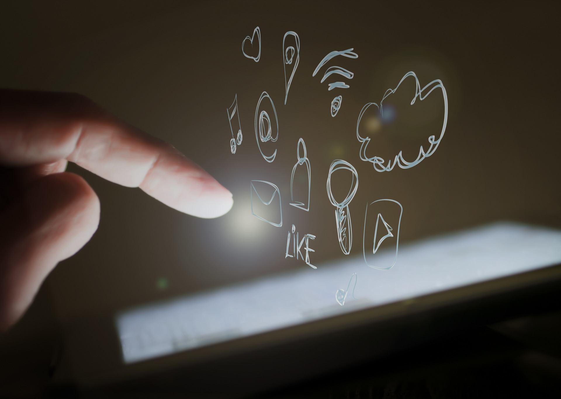 Alcuni tool molto utili per fare marketing con l'intelligenza artificiale