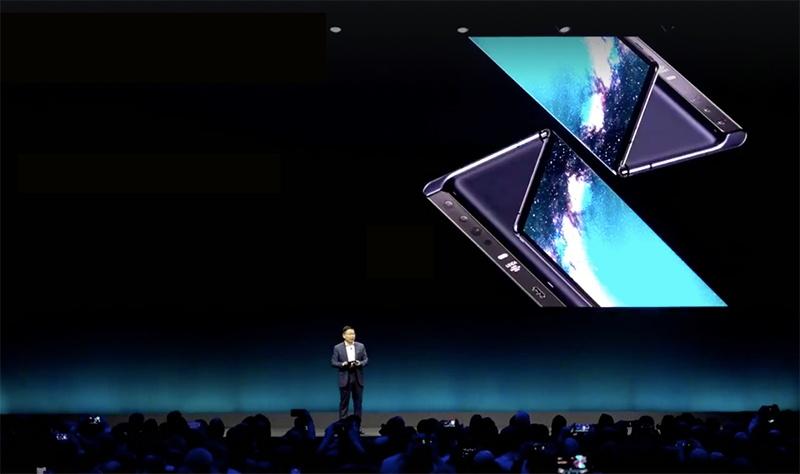 Huawei risponde a Samsung: ecco il nuovo Mate X, pieghevole e 5G