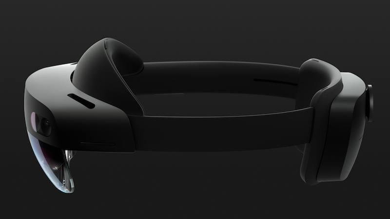 Microsoft ha portato i nuovi Hololens al Mobile World Congress. Che c'è da sapere