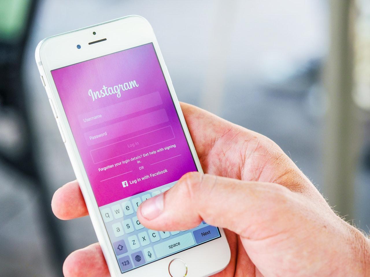 Instagram vuole introdurre gli annunci pubblicitari nei feed di Esplora