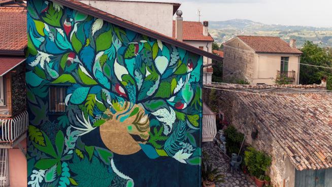 Street art e Made in Italy con Gola Hundun e il calzaturificio Fiorangelo
