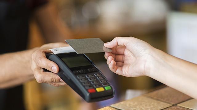 Cashless e pagamenti: siamo davvero pronti per un futuro senza contanti?