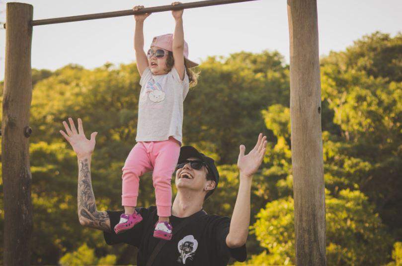 6 spot emozionanti e divertenti per celebrare la Festa del Papà