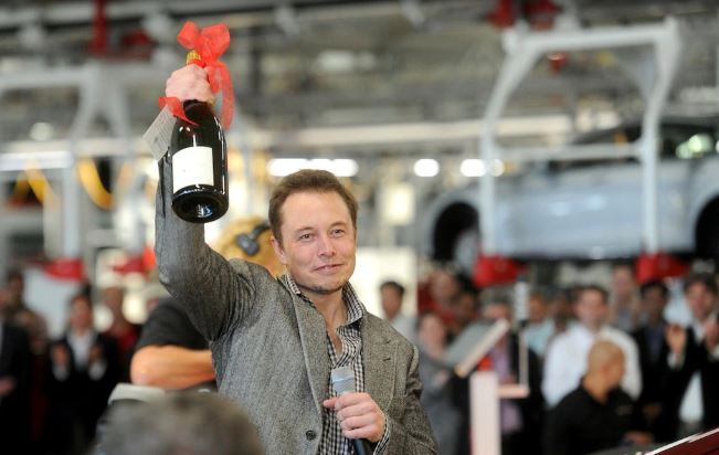 Dopo le Tesla Made in China la nuova sfida di Elon Musk passa per Berlino