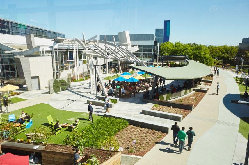 Google University o università tradizionali? Due modelli a confronto