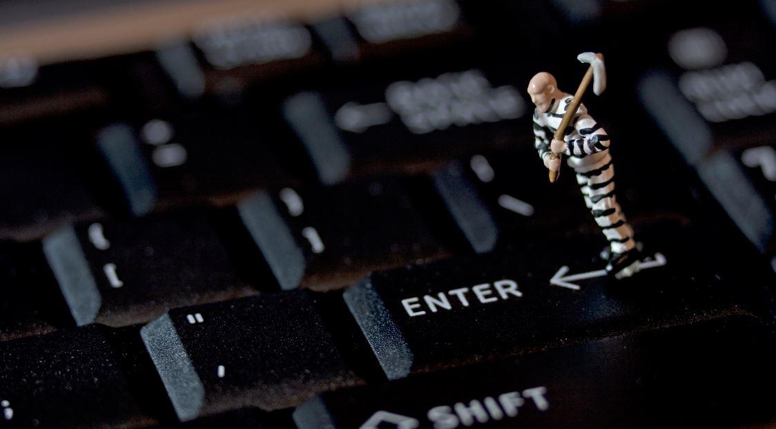 La stessa rivoluzione digitale che ci ha reso liberi rischia di trasformarci in schiavi del lavoro