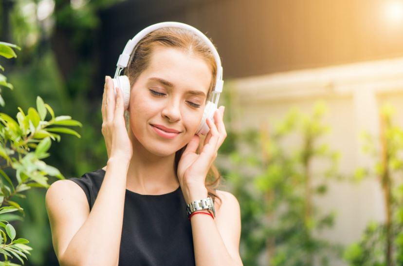 Podcast revolution: raddoppia il consumo su Spotify
