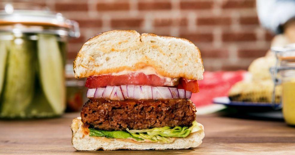 Il burger vegetale di Beyond Meat sbarca in Italia e l'azienda progetta già nuovi prodotti