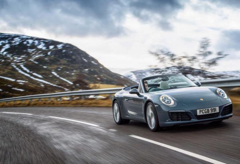 Il noleggio di un'auto di alta gamma come esperienza memorabile: Primerent lancia sul mercato Driverso