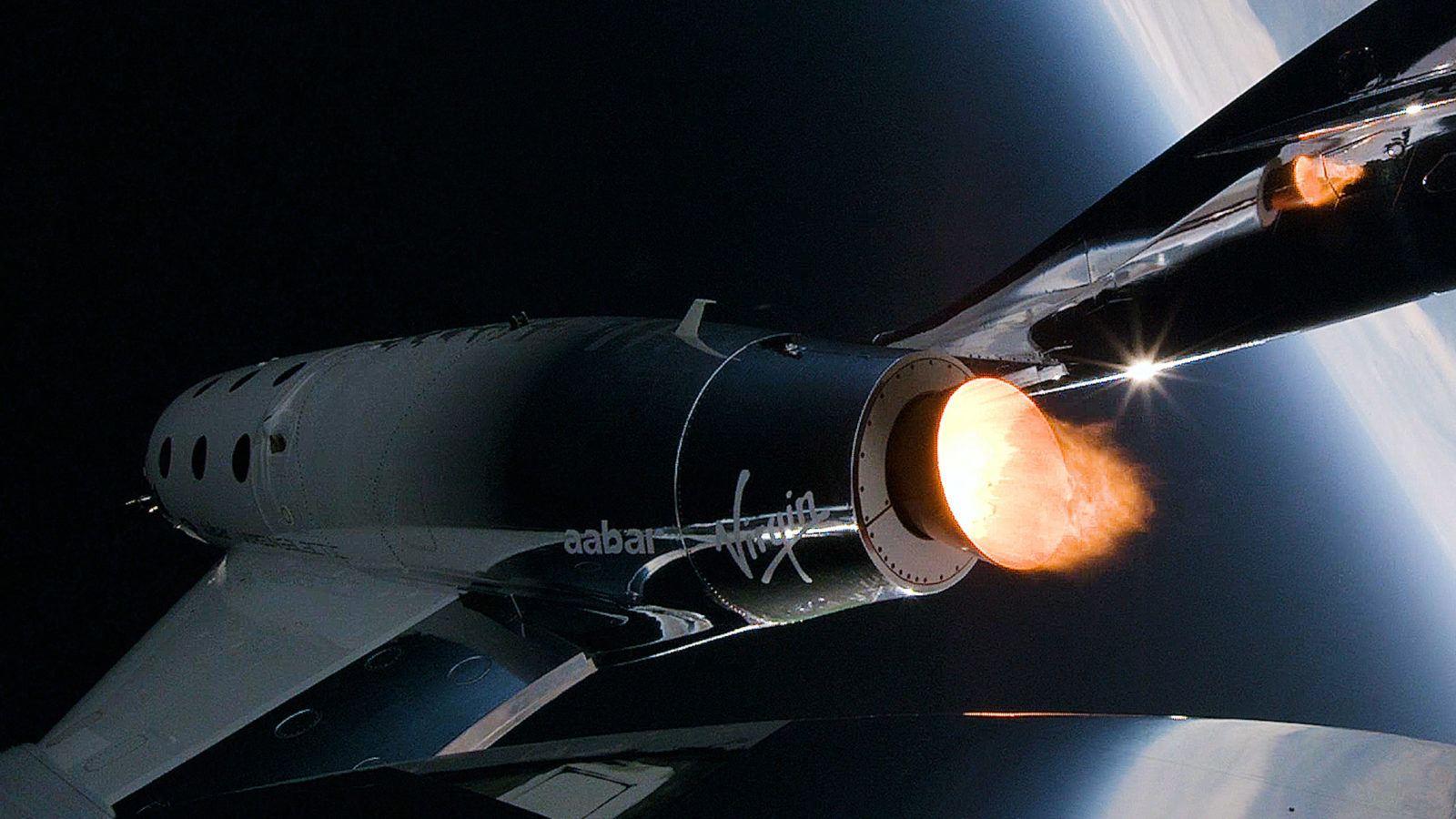 Viaggi nello spazio: Branson e la sua Virgin Galactic fanno rotta verso Wall Street