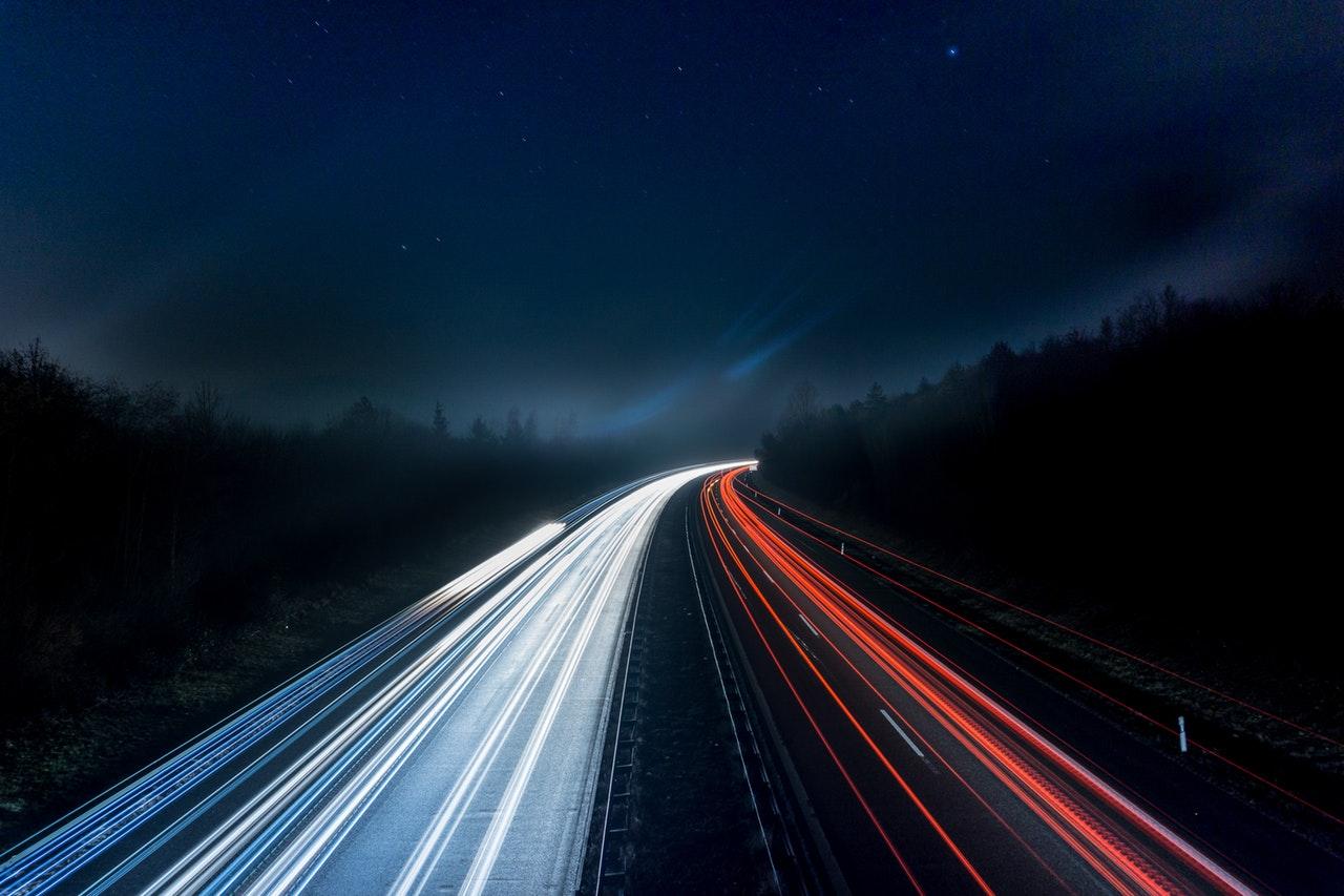 viaggio alla velocità della luce