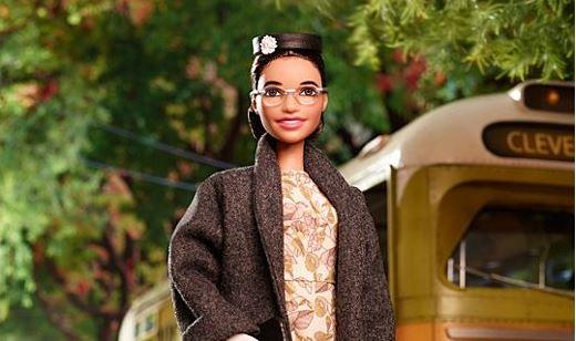 Anche Rosa Parks diventa una bambola delle Inspiring Women di Barbie
