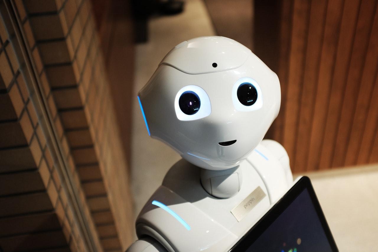 Quali sono i limiti dell'intelligenza artificiale (al confronto con quella umana)