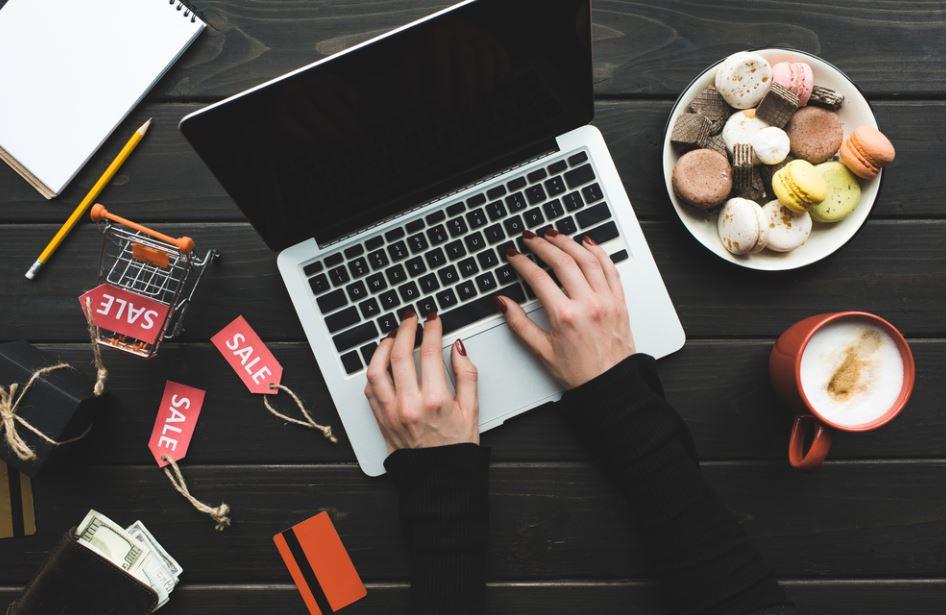 Black Friday e Cyber Monday aiuteranno a compensare le perdite dell'offline?