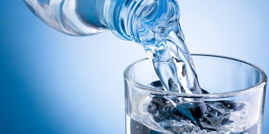 Un capolavoro di comunicazione e innovazione: il mercato dell'acqua in bottiglia