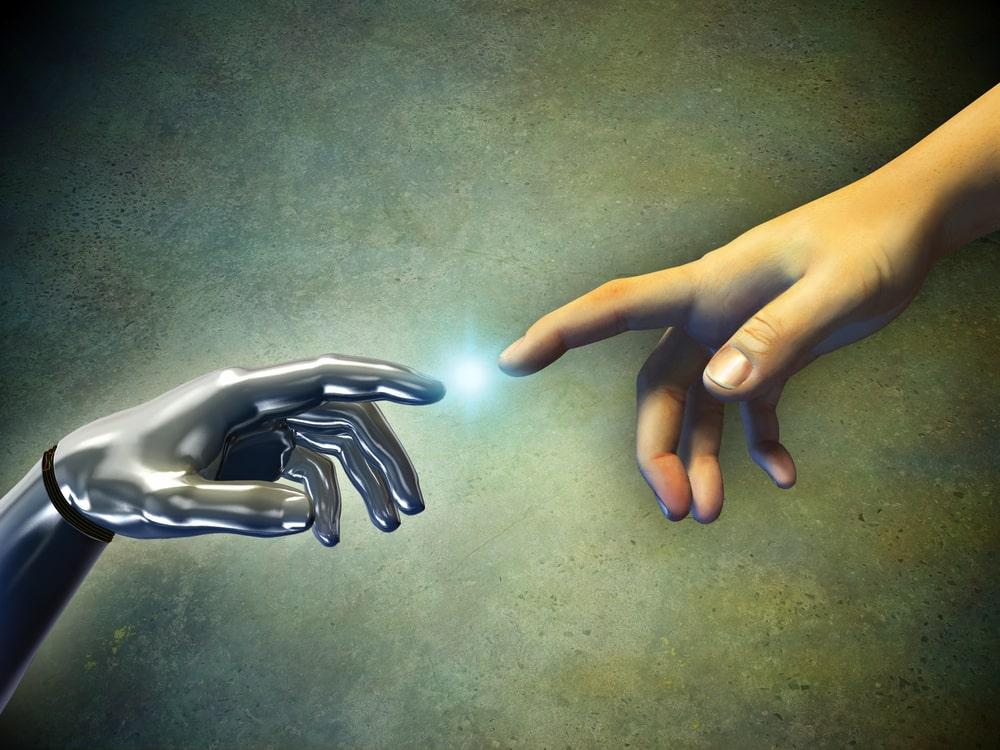 """La singolarità tecnologica renderà l'uomo """"obsoleto"""" (ma la creatività può salvarlo)"""