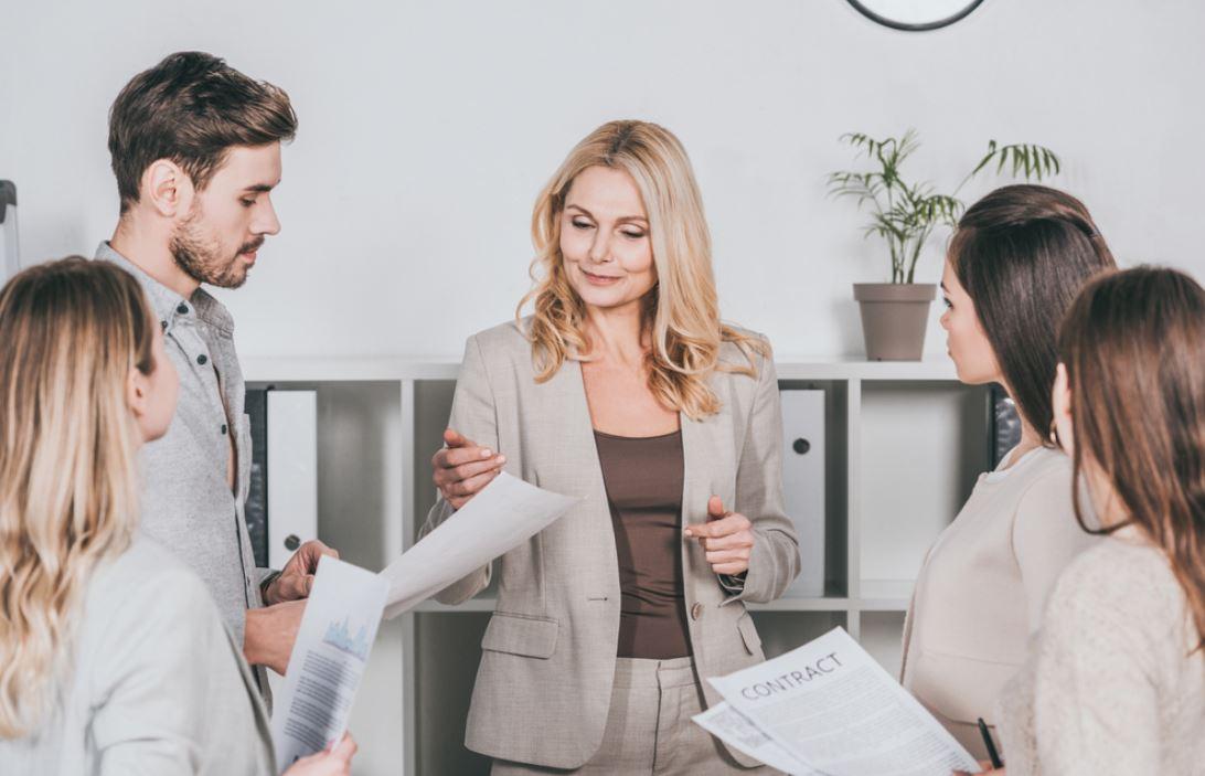 La leadership femminile nel business cresce, ma salari e investimenti ancora non aiutano
