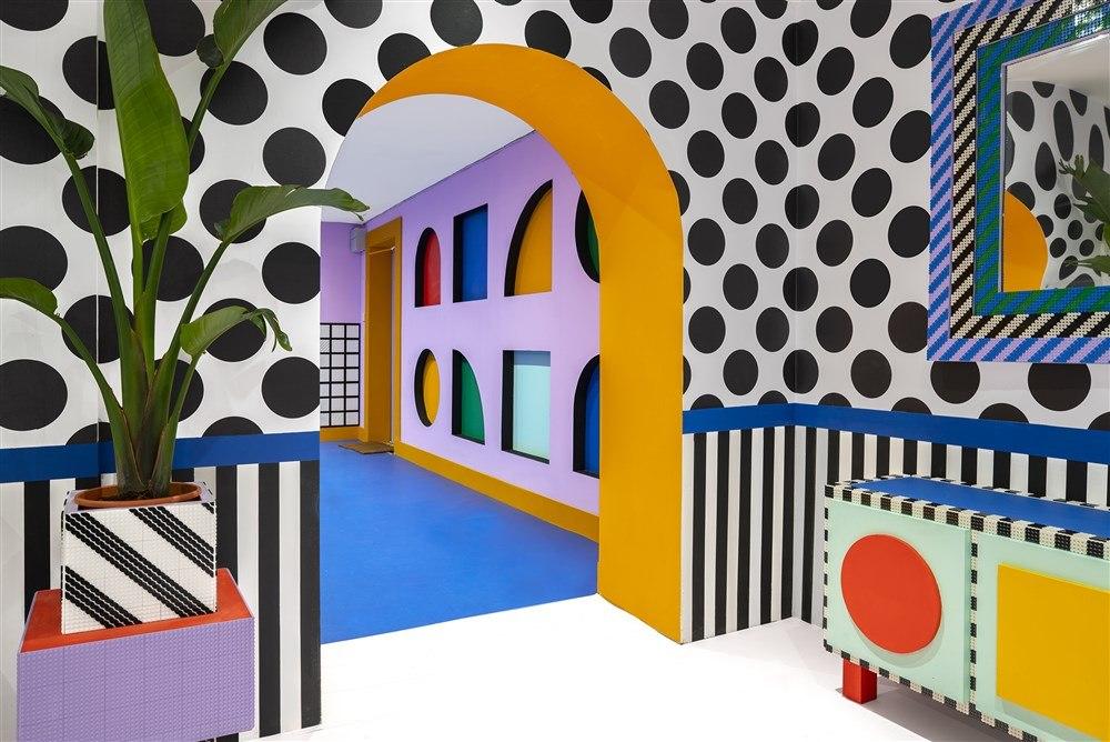 Dai classici mattoncini al 2D: LEGO lancia un nuovo concept di costruzioni con una serie di installazioni da Londra a Milano