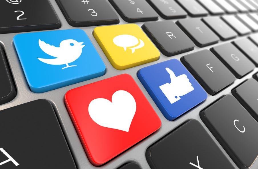 Week in Social: dai messaggi che spariscono su Instagram alla nuova interfaccia di Facebook