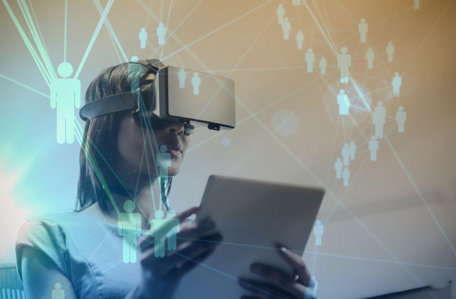 Distanti ma uniti, grazie alla realtà virtuale
