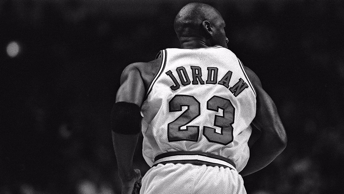 L'icona e il successo: Michael Jordan in 23 citazioni
