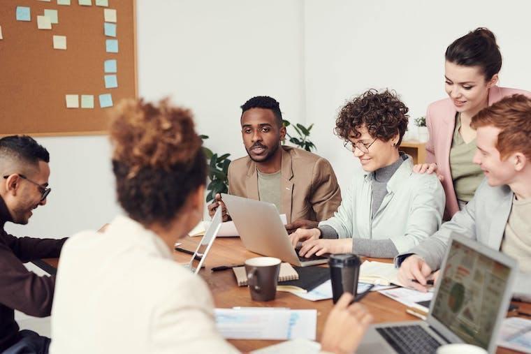 La felicità dei dipendenti passa dai benefit aziendali