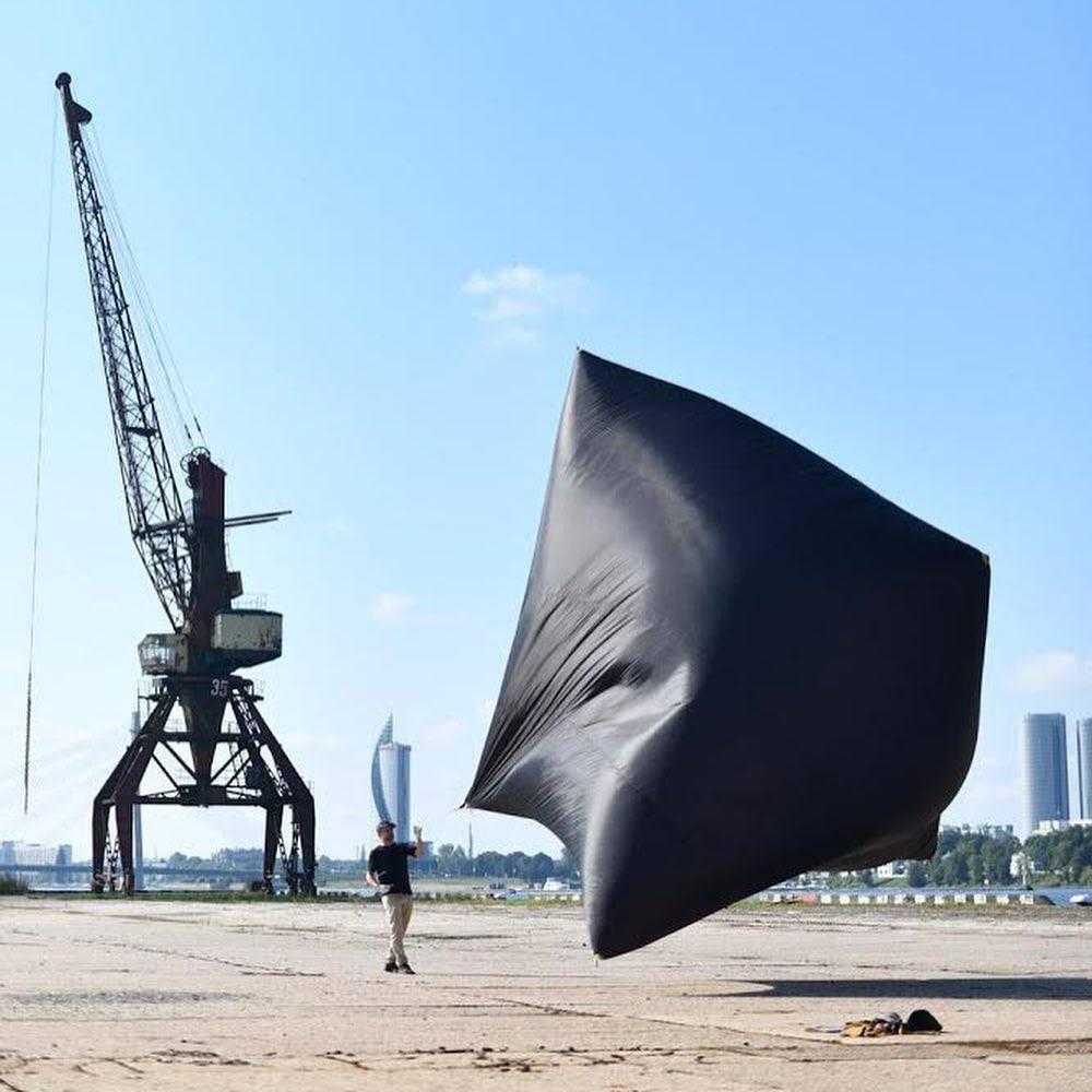 artisti portavoce del cambiamento climatico, tomas saraceno, aerocene