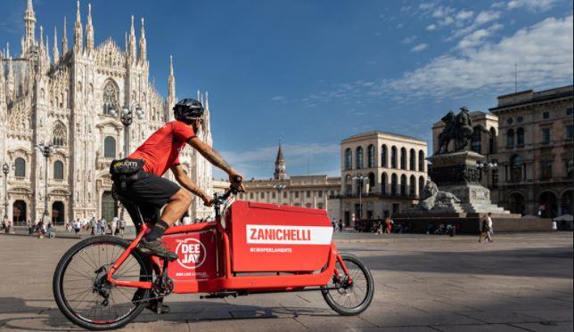 Il nuovo delivery della casa editrice Zanichelli consegna a casa perle di cultura italiana