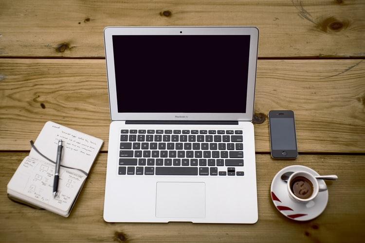 A chi rivolgersi per realizzare un sito web: agenzia smart o tradizionale?