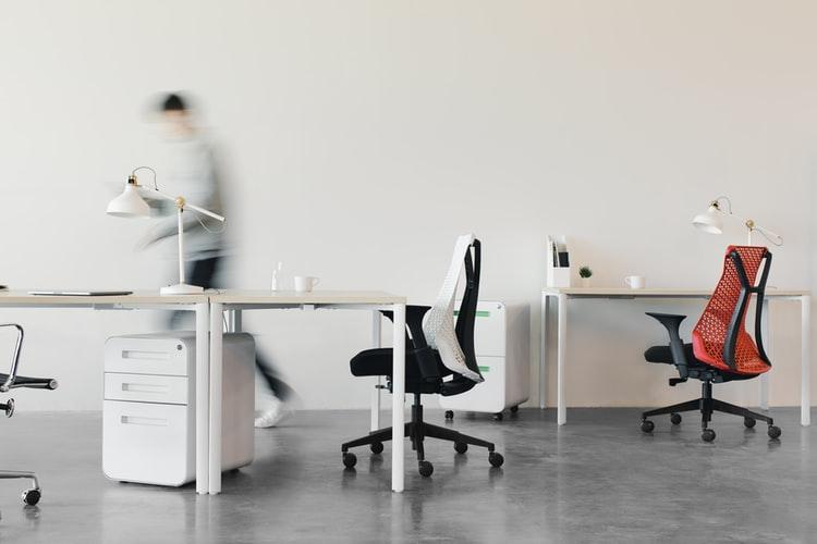 Workspace: il COVID-19 segna l'addio agli open office