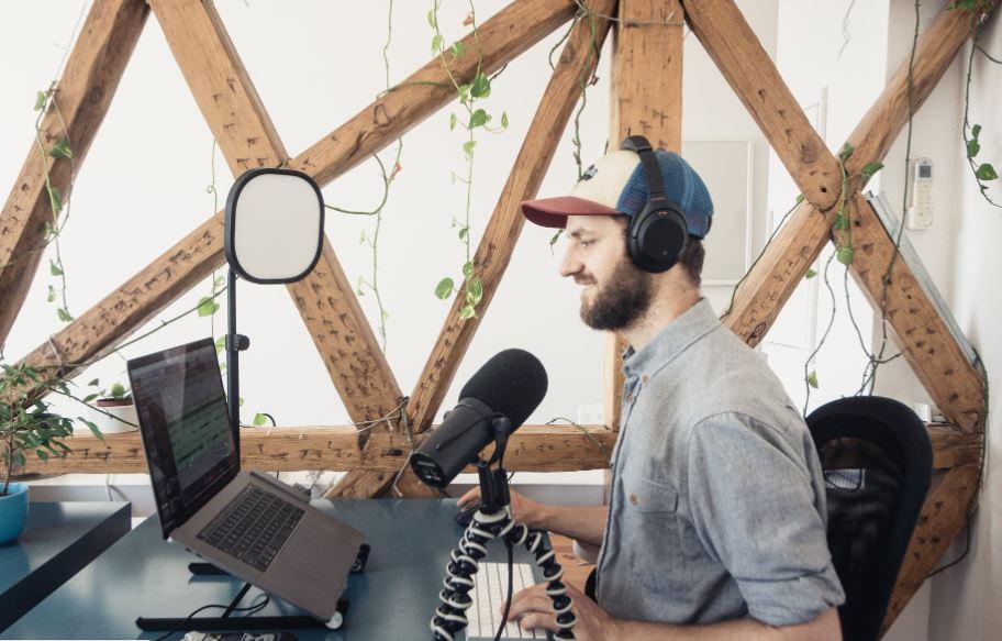 L'Indie Podcasting e la rinascita dell'audio digitale: si conferma il trend di crescita